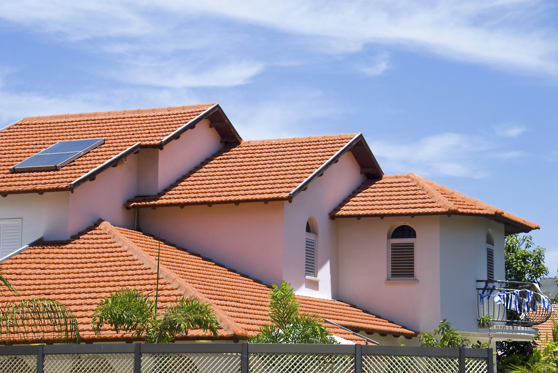 tile roofing, hamilton roofing, roofers in hamilton, burlington roofing, roofers in burlington